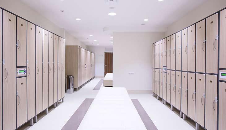 commercial-locker-room